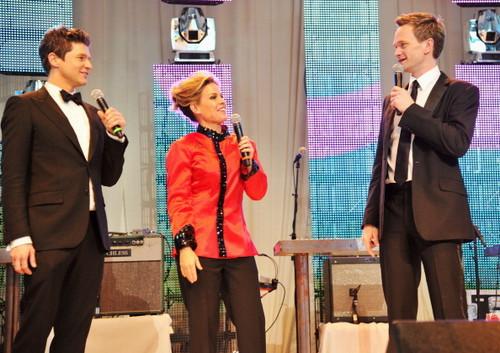 Neil and David Singing @ Elton John AIDS Foundation