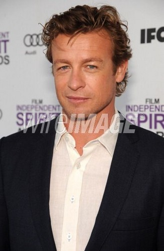 New pictures of Simon - simon-baker Photo