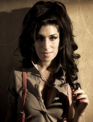 ... and background images in the Amy Winehouse club tagged: amy winehouse