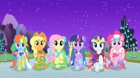 Ponies at the Gala