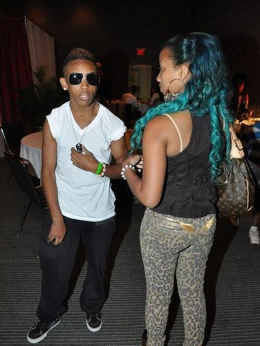 Prod and Zonnique