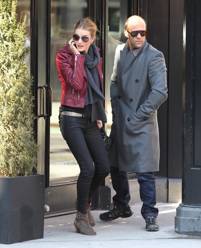 Rosie Huntington-Whiteley Spotted @ the SoHo District, NYC – Feb. 23rd, 2012