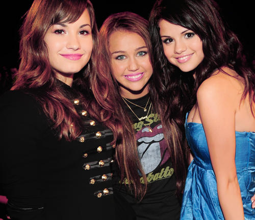 Sel With Friends<3
