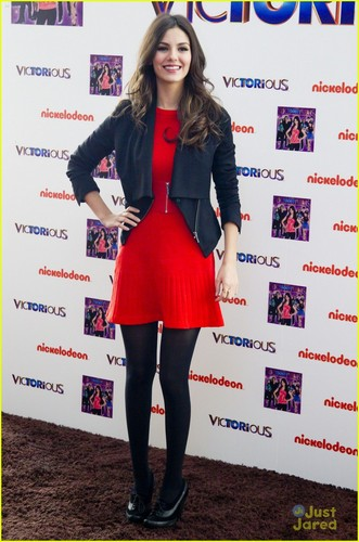 Victoria Justice: 'Victorious' in Madrid!