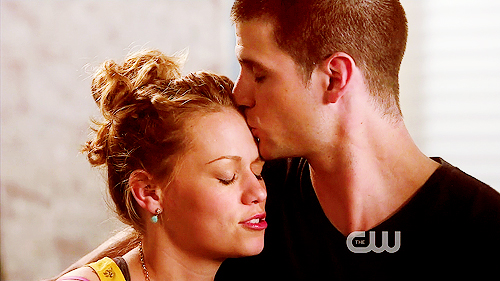 ★ Naley Amore ★