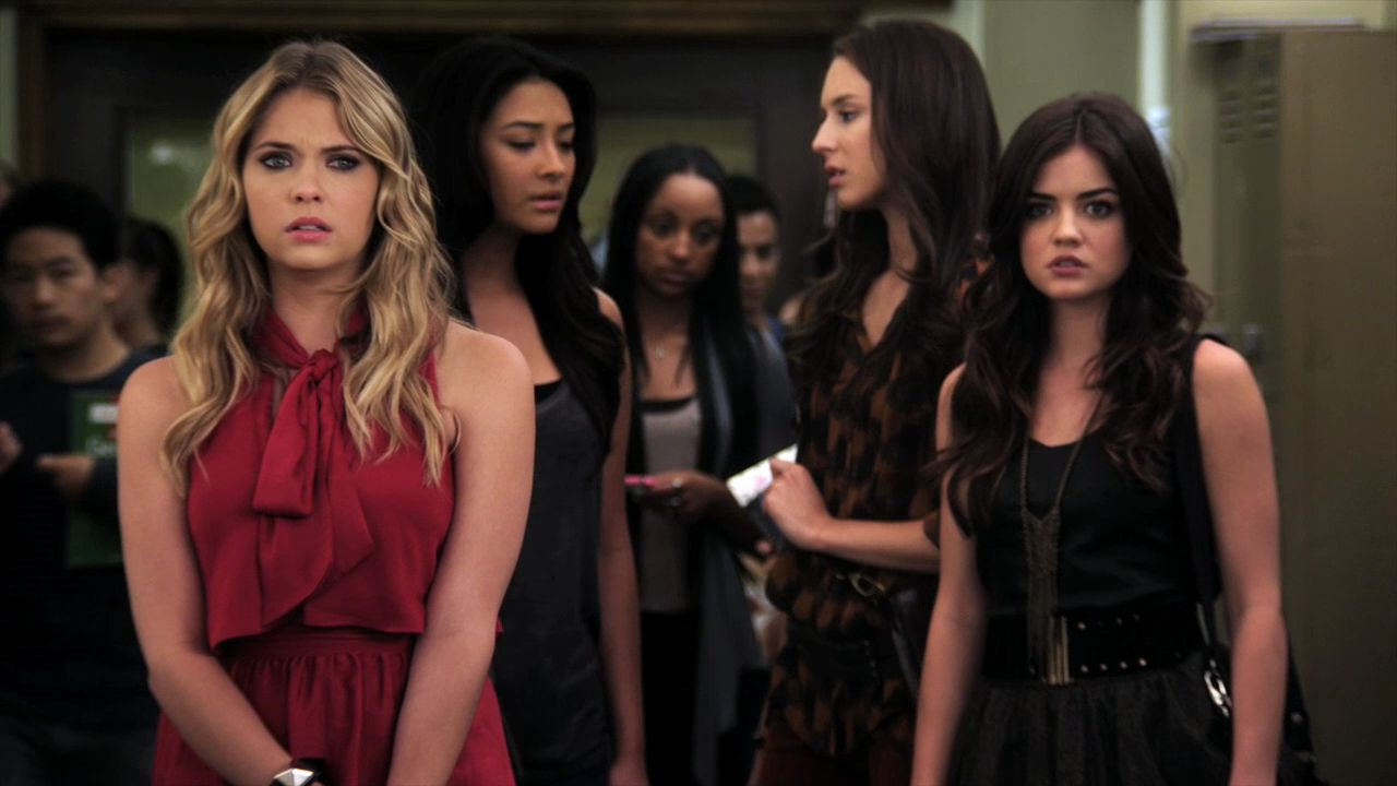 Fashion from pretty little liars 19