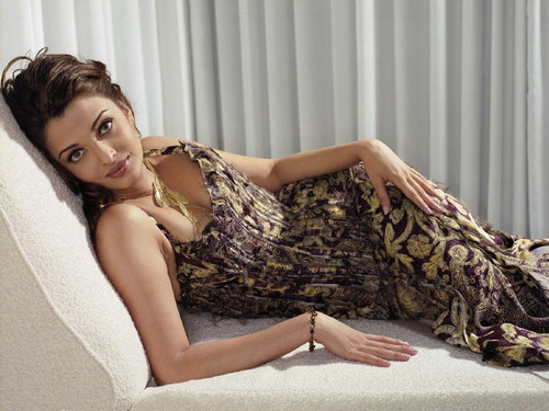 Aishwarya Rai wallpaper entitled Aishwarya