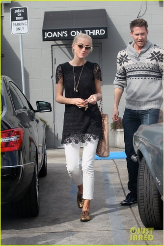 Amber Heard: Out to Lunch!