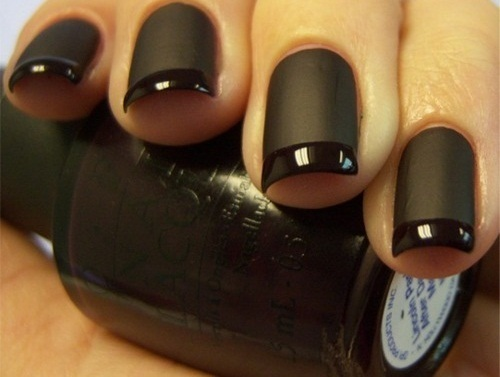 Black Nails - Nail pol...