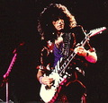 Bruce - kiss-guitarists photo