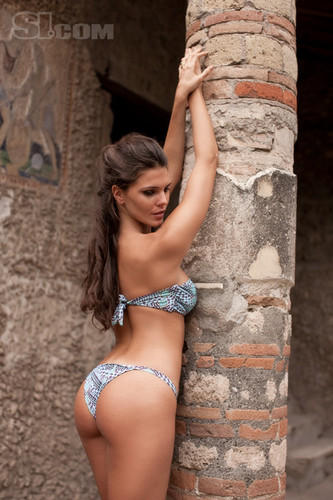 swimsuit si wallpaper titled Daniella Sarahyba