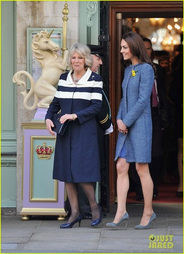 Duchess Kate: Fortnum & Mason Store Visit with Camilla!