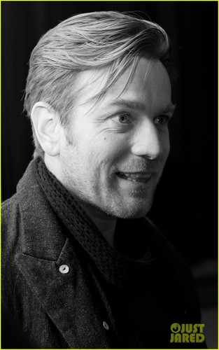 Ewan McGregor wallpaper titled Ewan McGregor: 'Salmon Fishing' Screening & Q&A!