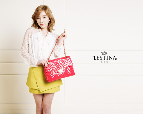 Girls' Generation Taeyeon J.Estina - girls-generation-snsd Wallpaper