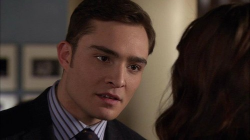"Blair & Chuck Обои with a business suit and a suit called Gossip Girl 5x17 - ""The Princess Dowry"" Episode Screencaps"