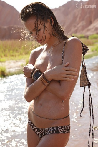 Irina Shayk Sports Illustrated (2010)