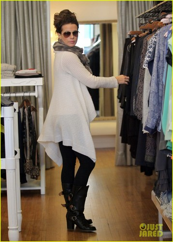 Kate Beckinsale: Shopping with Len!