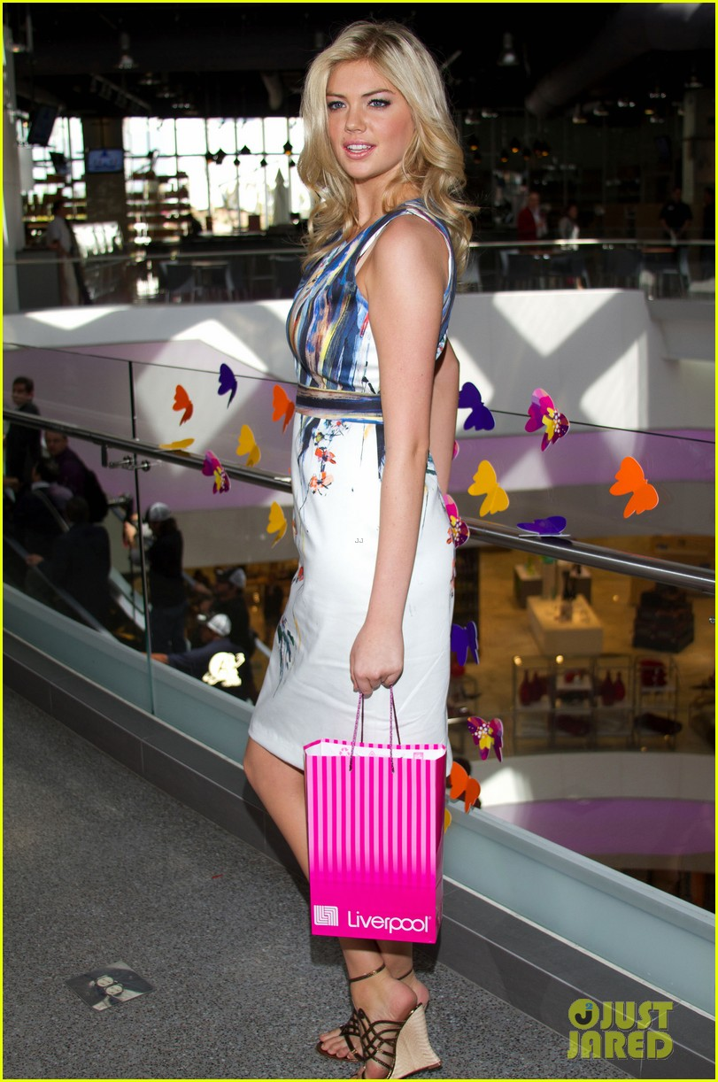 Kate Upton: Liverpool Fashion Fest in Mexico!