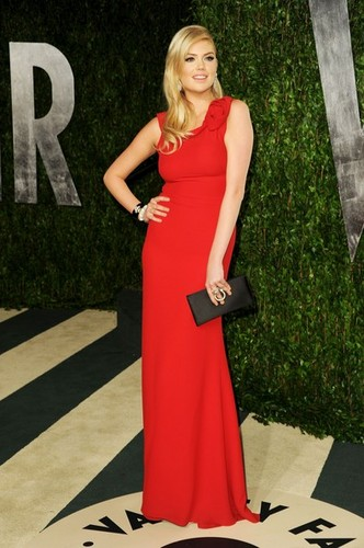 "Kate Upton - ""Vanity Fair Oscar Party"" - (26.02.2012)"