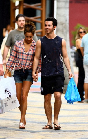 Kevin and Danielle Jonas - 2012