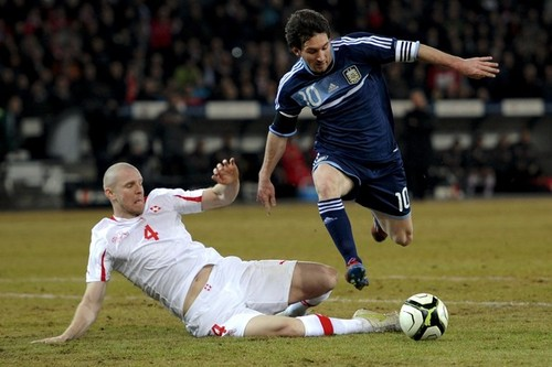 Lionel Messi Hintergrund containing a Fußball ball called Lionel Messi Hattrick in Argentina Friendly vs Switzerland (1-3) 29 February 2012