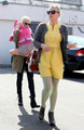 Michelle Williams & Busy Phillipps go to Lunch - (29.02.2012) - michelle-williams photo