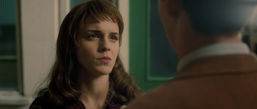 My Week with Marilyn - emma-watson Screencap