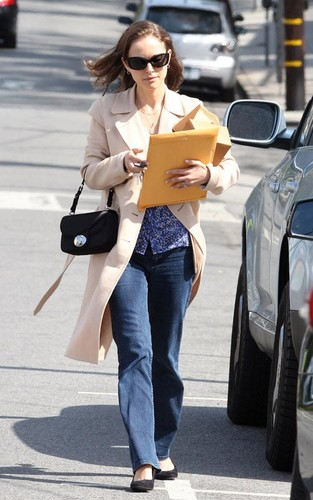 On the way to a business meeting at Square One Dining, LA (February 29th 2012)