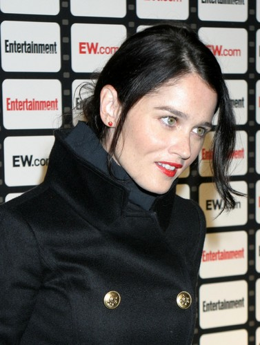 Robin Tunney wallpaper probably containing a fur coat and an overgarment entitled Robin Tunney