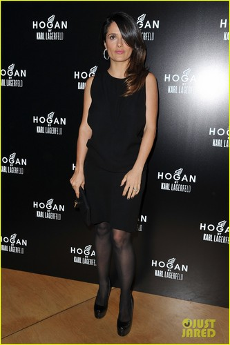 Salma Hayek: Hogan da Karl Lagerfeld Presentation
