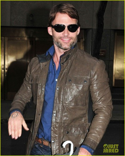 Seann William Scott: 'Late Night with Jimmy Fallon' Visit!
