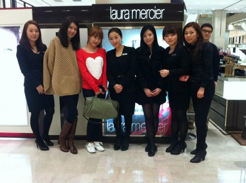 Sooyoung&Tiffany @ Laura Mercier