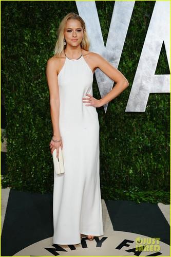 Teresa Palmer - Vanity Fair Oscar Party