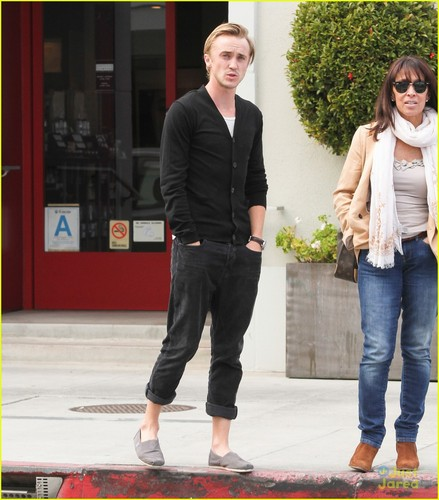 Tom Felton wallpaper containing a business suit titled Tom Felton & Jade Olivia: Beverly Hills Lunch