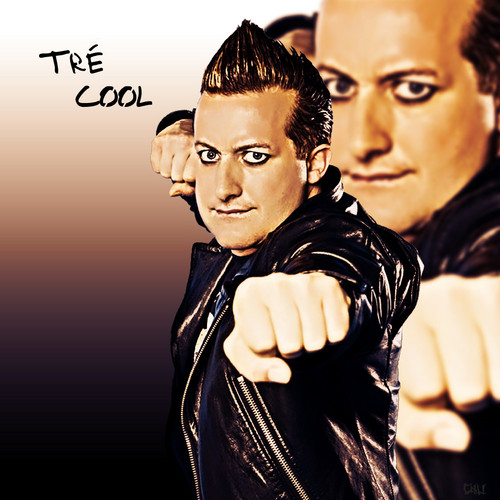 Green Day wallpaper with a portrait titled Tré Cool