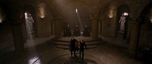 The Volturi پیپر وال containing a portcullis and a والٹ titled Volturi Breaking Dawn