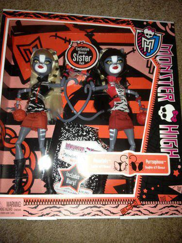 http://images5.fanpop.com/image/photos/29400000/Werecat-sisters-in-box-monster-high-29414700-375-500.jpg