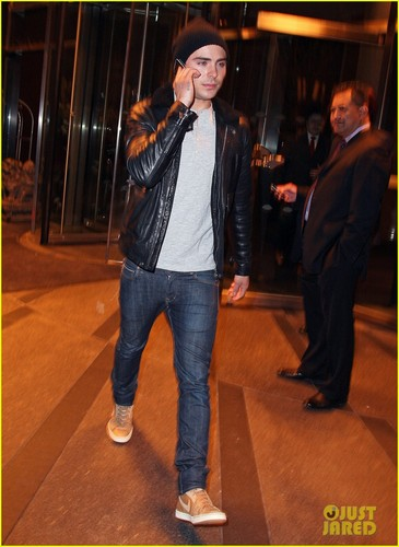 Zac Efron: 'Went Wild' Filming 'The Lorax'!