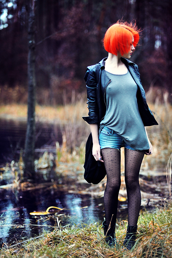 худая рыжая фото