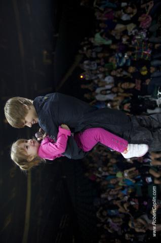 justin & jazzy on stage