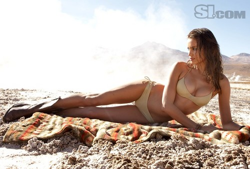 "Irina Shayk ""Sports Illustrated swimsuit کا, سومساٹ ""(2010)"