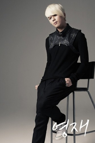 youngjae for 1st look ^^
