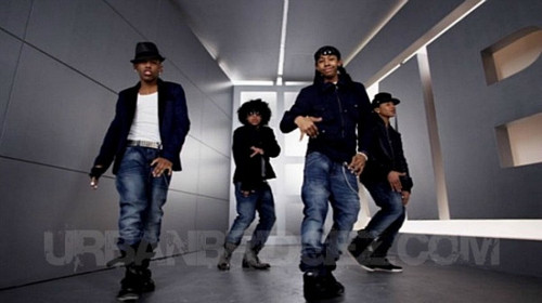(NEW) Prodigy with MB in the Hello video (: