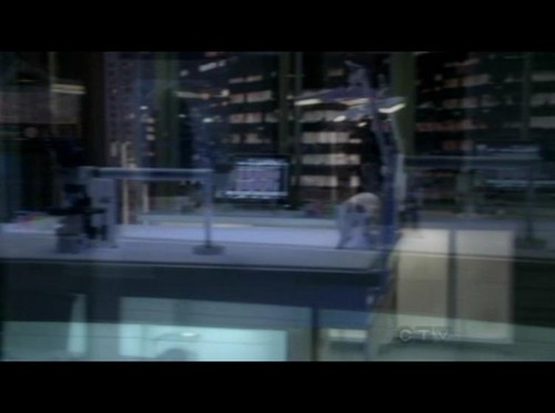 8x11- Who's There? - csi-ny Screencap