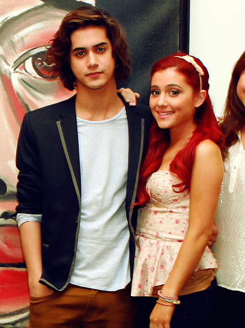 are ariana and avan dating