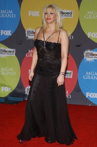 Courtney Cinta