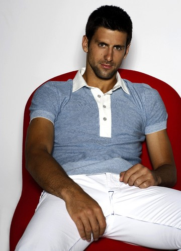 Djokovic crotch..