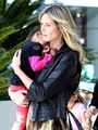 Heidi Klum Wearing An Interesting Jumpsuit With Daughter Lou