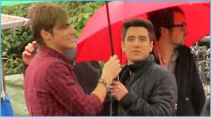 Is it wet, Kendall and Logan?