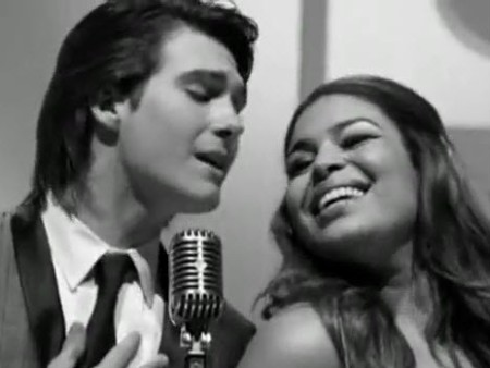 """James Maslow and Jordin Sparks in """"Count On You"""" musique Video"""